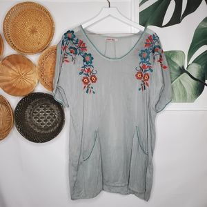 Johnny Was Boho Floral Embroidered Tunic Gray S
